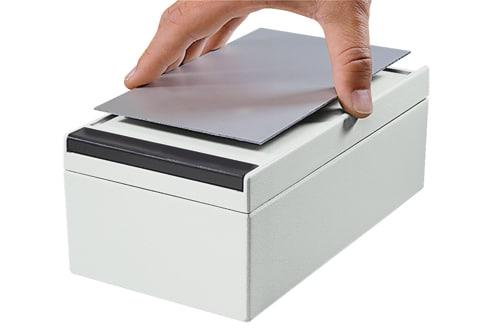 aluPLUS – Elektroniklåda